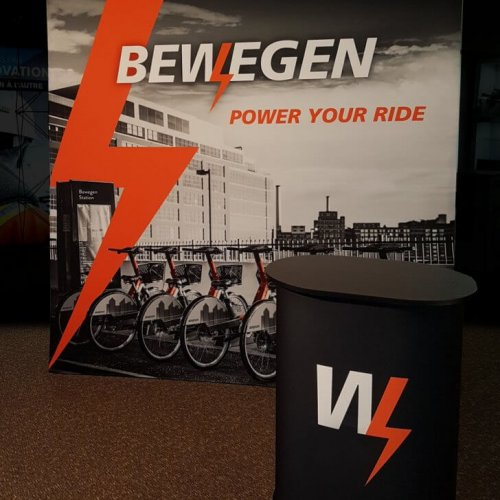 Bewegen Technologies, 10×10, Portable Stands, Fabric Pop-Up, 2018