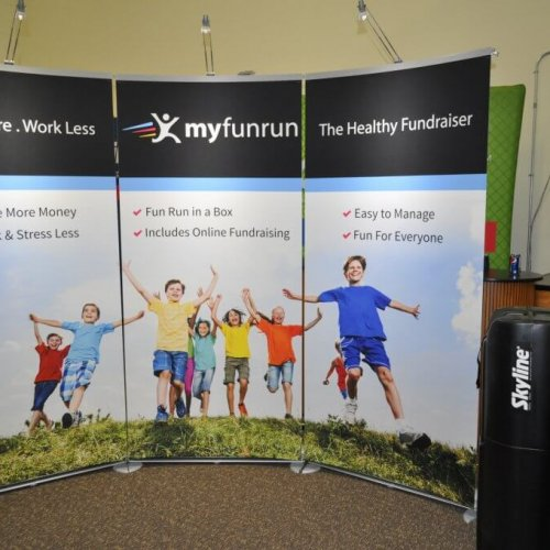 Skyline Exhibits, Banner Stands, Exalt