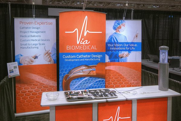BioMedical myriad banner stands and matching counter graphic, trade show solutions, Skyline Entourage