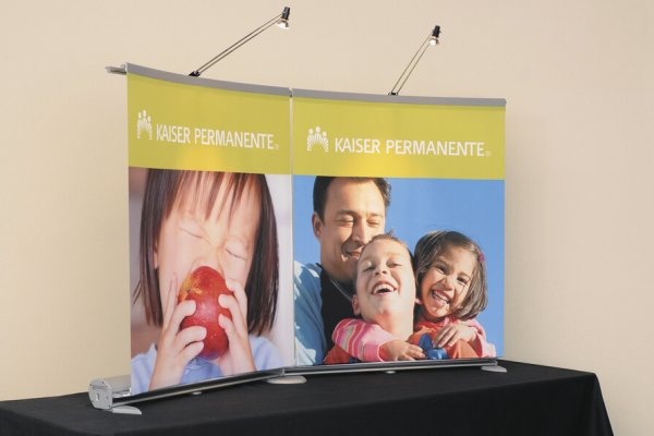 tabletop banner stands with pictures of families, trade show solutions, Skyline Entourage