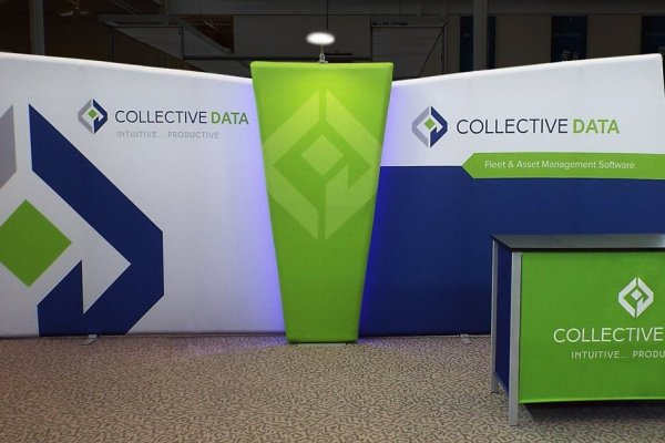 Collective Data layered windscape backwall and table counter, trade show solutions, Skyline Entourage