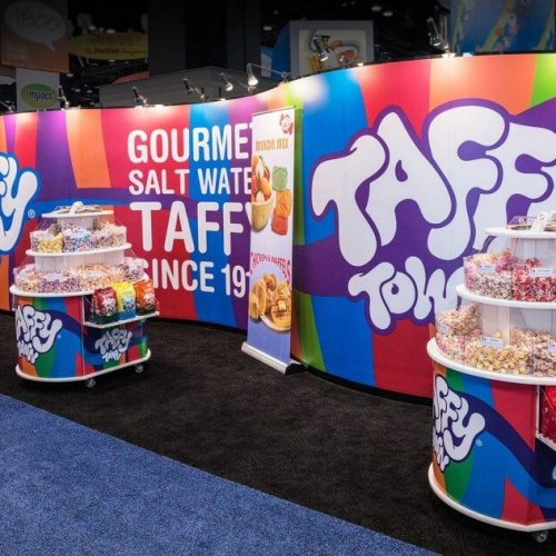Skyline Exhibits, Taffy Town, 10x30, Inline exhibits, Mirage