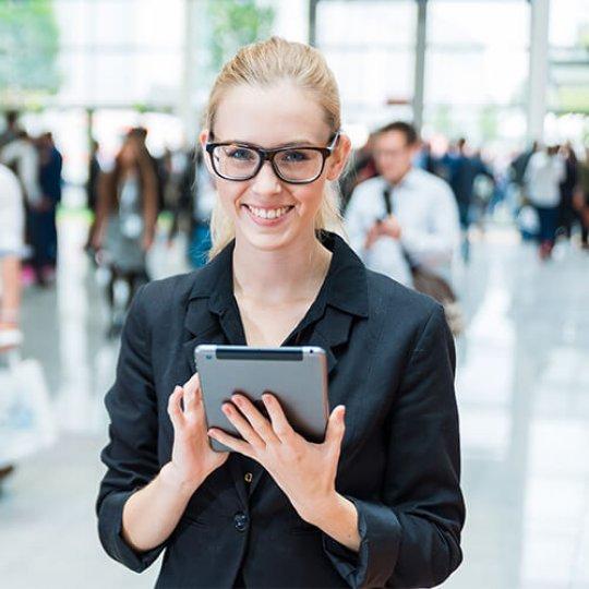 applications mobile, gestions des contacts, Technologies, Skyline Entourage