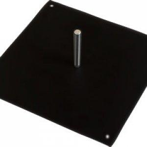Base carrée en acier