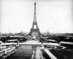 Photo of the Eifel Tower for 1889 trade shows, trade show solutions, Skyline Entourage