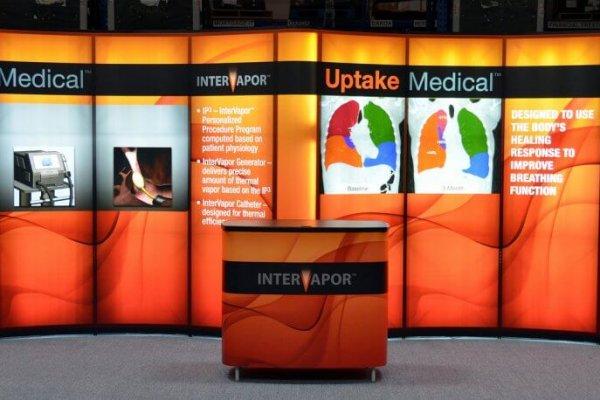 Uptake Medical, 10x20 Inline Trade Show Booth, Portable Displays, Backlit, Skyline Exhibits, Skyline Entourage